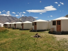 Thumb book hotel ladakh leh tour jktourguide